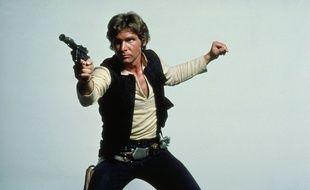Han Solo prêt à dégainer.