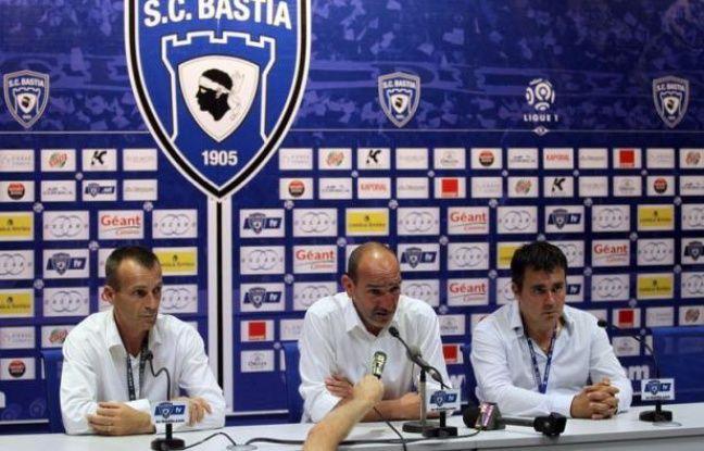Le préfet de Haute-Corse, Louis Le Franc, a démenti samedi soir à Bastia l'utilisation par la police de flash-ball lors d'incidents après le match remporté (4-0) par le Paris Saint-Germain au stade Furiani et déploré des incidents avant et durant la rencontre.