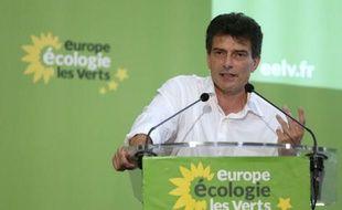Une nouvelle direction d'Europe Ecologie-Les Verts a été élue et le prochain congrès a été avancé à 2013, au lieu de 2014, lors d'un Conseil fédéral à huis clos dimanche, a-t-on appris auprès de plusieurs participants.