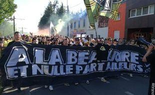 La manifestation contre le projet YelloPark.