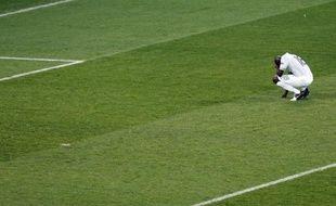Alou Diarra, lors de la défaite 0-2 de l'équipe de France contre la Suède, le 19 juin 2012.