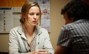 """Dans la série """"La Gifle"""" (The Slap), sur Arte, Rosie (Melissa George) veut aller jusqu'au tribunal pour la gifle donnée à Hugo, son fils."""