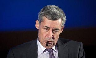 """Les mesures socio-économiques que Nicolas Sarkozy a promis d'annoncer à la fin du mois """"seront votées et elles seront appliquées"""", affirme dimanche son conseiller spécial Henri Guaino, dans un entretien à Dimanche Ouest-France."""