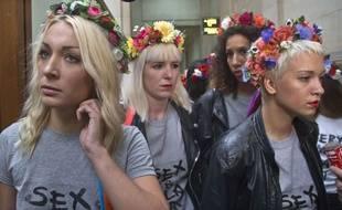 Certaines membres des Femen le 9 juillet au tribunal de Paris.