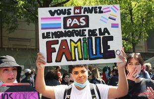 Marche lesbienne en faveur de la PMA pour toutes, à paris, le 25avril 2021.