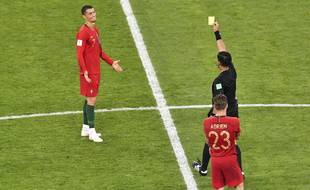Ronaldo aurait très bien pu se faire exclure après un coup de coude donné à un joueur iranien.