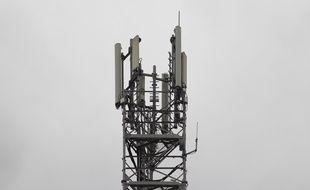 Une antenne relais 5G installée à Sophia Antipolis (Alpes-Maritimes) dans le cadre d'une expérimentation.