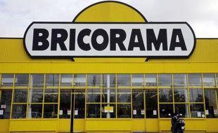 Les négociations entre la direction de Bricorama et Force ouvrière, qui se disait prête à renoncer à son action contre l'ouverture dominicale en échange notamment d'un treizième mois pour les salariés, ont échoué jeudi, a-t-on appris auprès du syndicat.