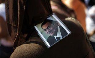 Le procès de l'ancien président égyptien Hosni Moubarak pour complicité dans le meurtre de manifestants a été ajourné au 25 août, à l'issue d'une brève audience samedi.