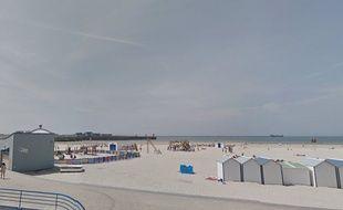 La plage de Boulogne-sur-Mer (port)