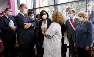 Jean Castex et Elisabeth Moreno, ce mercredi, à la Maison des femmes de Saint-Denis.