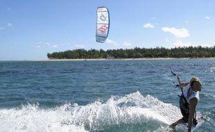 Séance de Kitesurf, à l'île Maurice.