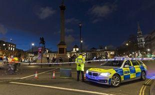 Les environs du Parlement britannique restaient bouclés dans la soirée après l'attaque du 22 mars 2017.