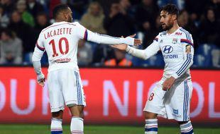 Eblouissants la semaine précédente à Montpellier (1-5), Alexandre Lacazette et Nabil Fekir ont été bien maîtrisés par l'OM dimanche.