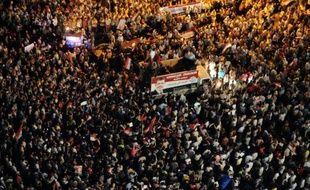 Le sort du Parlement égyptien était dans le flou juridique mercredi, l'épreuve de force opposant le président islamiste, les militaires et la justice entraînant une crise institutionnelle dix jours après l'investiture du premier chef d'Etat depuis la chute de Moubarak.