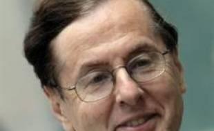 Le parquet de Paris considère en revanche que les charges sont suffisantes pour renvoyer devant le tribunal les quatre autres protagonistes du dossier, parmi lesquels l'ancien vice-président d'EADS, Jean-Louis Gergorin, qui a reconnu être le corbeau qui a adressé les faux listings au juge Renaud van Ruymbeke.
