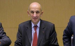 """La France a un """"vrai problème de productivité"""" du travail qui ne favorise pas la croissance et nécessite des investissements, a estimé vendredi Louis Gallois, auteur du rapport sur la compétitivité des entreprises."""
