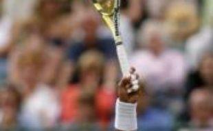 Le principal challenger de Roger Federer, Rafael Nadal, a souffert en début de match mais a passé son premier écueil, le jeune Letton Ernests Gulbis (5-7, 6-2, 7-6, 6-3), plus jeune joueur du Top 50 à 19 ans.