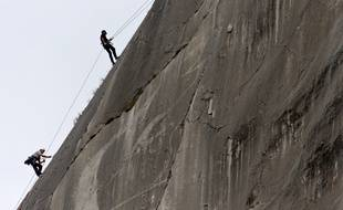 Un Brésilien de 44 ans s'est tué le 27 octobre à Chamonix en faisant une chute d'une vingtaine de mètres.