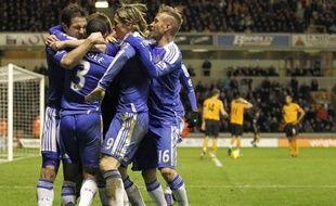 Chelsea s'est imposé in extremis à Wolverhampton 2 à 1, grâce à un but marqué par Frank Lampard à une minute de la fin, lundi lors de la 20e journée du Championnat d'Angleterre.
