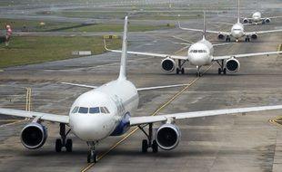 Des chercheurs transforment du CO2 en carburant pour avions