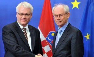 Le Parlement croate a ratifié vendredi à l'unanimité le traité d'adhésion du pays à l'Union européenne (UE), devant entrer en vigueur en juillet 2013, une procédure que devront également accomplir d'ici là tous les pays membres du bloc.