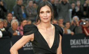 L'ex-James Bond Girl présentait son premier long métrage, Bringing Up Bobby.