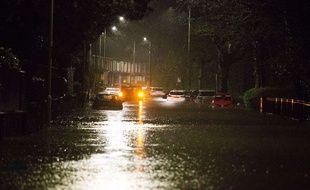 La tempête Dennis a commencé par s'abattre sur les îles britanniques