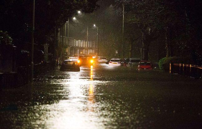 Tempête Dennis: Fortes pluies sur le nord-ouest de la France et risques d'inondations
