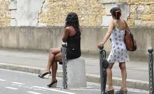 Des prostituées dans le quartier Perrache de Lyon, le 26 juin 2012. CYRIL VILLEMAIN/20 MINUTES