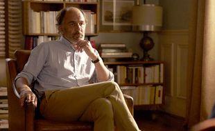 Frédéric Pierrot reprend le rôle du psychanalyste, Dr Dayan dans la saison 2 de « En Thérapie » sur Arte.