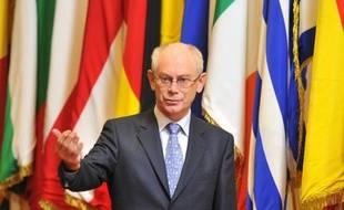 Les dirigeants européens se réunissent jeudi à Bruxelles pour un sommet à l'issue très incertaine sur le budget 2014-2020, tant les divisions sont profondes au sein d'une Union européenne en pleine crise.