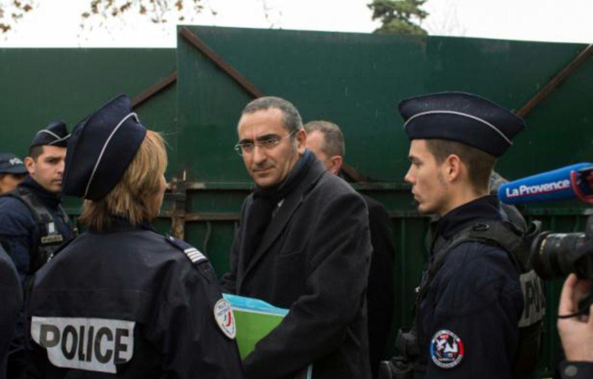"""Le préfet de police des Bouches-du-Rhône Laurent Nunez à l'école """"La source"""" à Marseille, le 11 janvier 2015 – BERTRAND LANGLOIS AFP"""