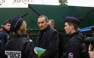 """Le préfet de police des Bouches-du-Rhône Laurent Nunez à l'école """"La source"""" à Marseille, le 11 janvier 2015"""