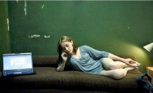 Déborah François incarne Laura D., obligée de se prostituer pour payer ses études dans le téléfim de Canal+ «Nos chères études».