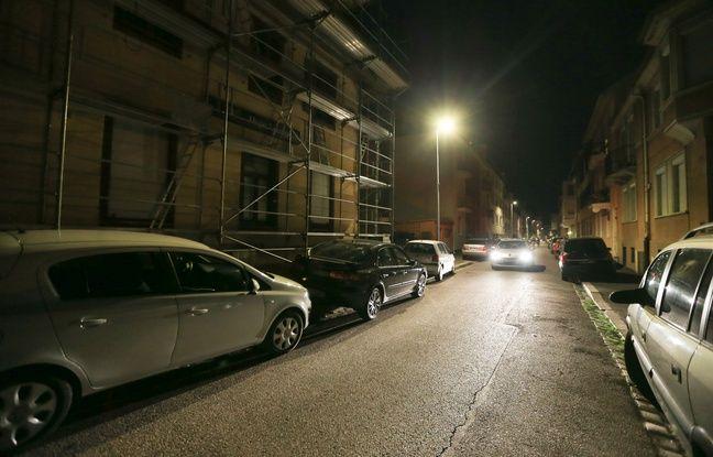 Test éclairage public sur détection dans les rues de Belfort et de Saint-Dié à Strasbourg. Le 04 juin 2018.