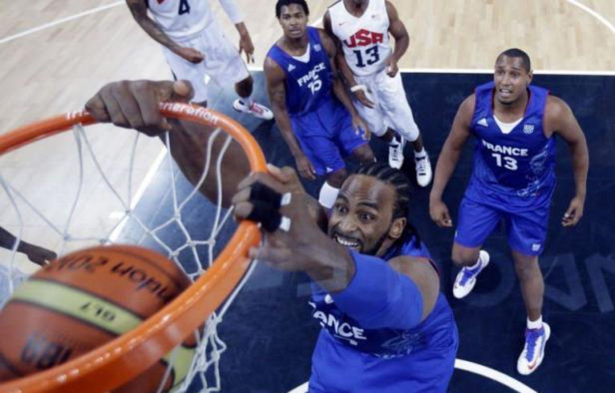 Après un gala raté face aux Etats-Unis, sanctionné d'une défaite de 27 points dimanche, les basketteurs français vont pouvoir commencer leur vraie compétition, celle qui doit les mener en quarts de finale du tournoi olympique de Londres dans dix jours. – Eric Gay afp.com