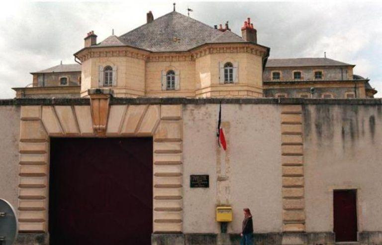 Prison Suicide D Un Detenu A La Maison D Arret De Nevers
