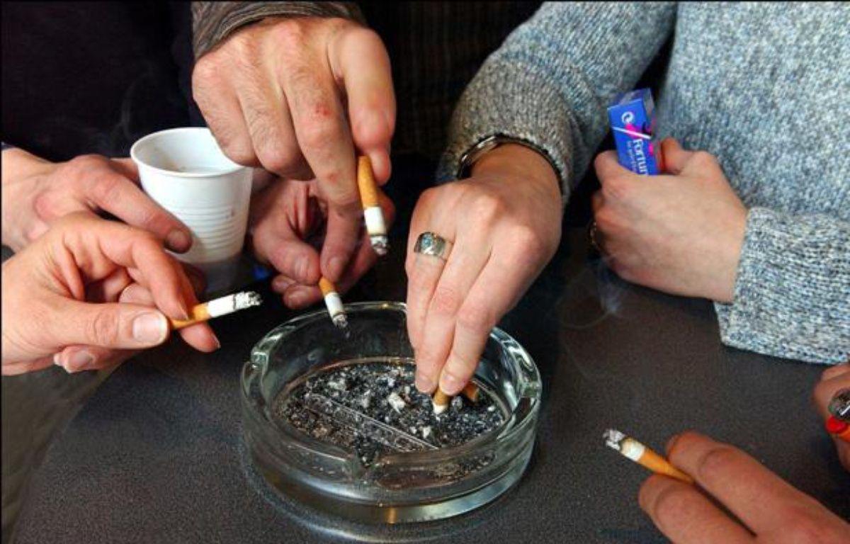 Photo d'illustration sur le tabagisme – DURAND FLORENCE/SIPA