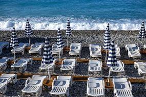 Sur une plage de Nice, en février 2021.