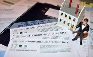 La réforme de l'impôt de solidarité sur la fortune (ISF) entrera en vigueur dès 2018.
