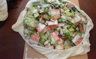 La PJ de Lyon a mis la main sur 40 millions de francs suisses, volés la semaine dernière en Suisse.