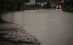 (Illustration) Inondation sur quelques mètres dans une rue à Auby, le 4 juillet.