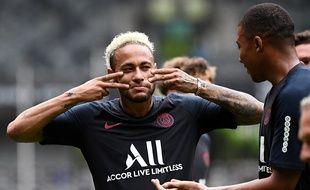 Neymar et Mbappé, à l'entraînement à Shenzhen.