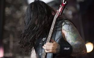 Image d'illustration - Un membre du groupe Krisiun sur la scène du Hellfest en juin 2017.