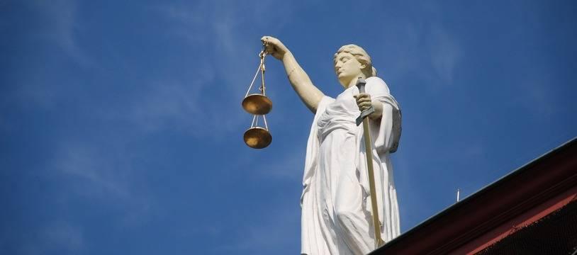 Le tribunal de Bourgoin-Jallieu a aussi révoqué le sursis du jeune homme de 34 ans.