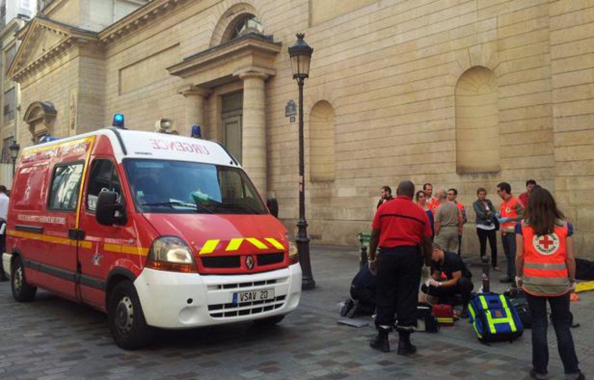 Un jeune homme a été victime d'une violente agression à proximité de la gare Saint-Lazare de Paris (9e), le 5 juin 2013 – J.DURON / 20 MINUTES