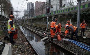 La crue de la Seine avait rendu les voies du RER C impraticables.
