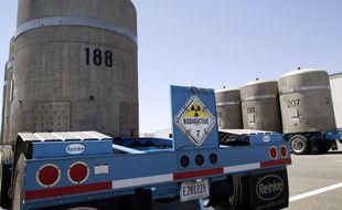 Les conteneurs de déchets nucléaires radioactifs sur le site de Hanford, dans l'état de Washington, le 30 juin 2005.