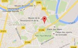 Un homme a été blessé par balle ce dimanche 30 mai place Bir-Hakeim à Grenoble.